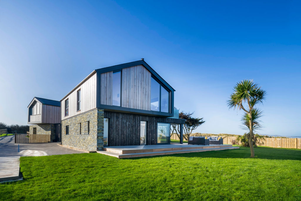 Exterior of luxury holiday home near Gwithian Towans - Dune House by Forever Cornwall