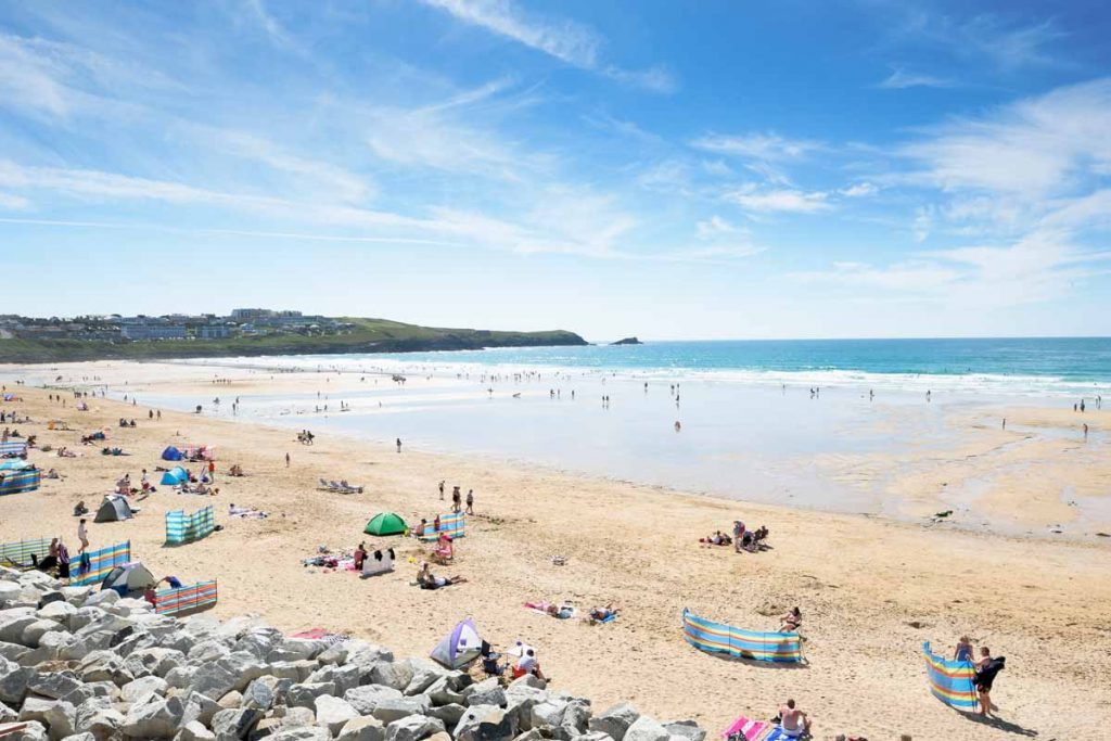 Beach near holiday cottages in Newquay by Forever Cornwall
