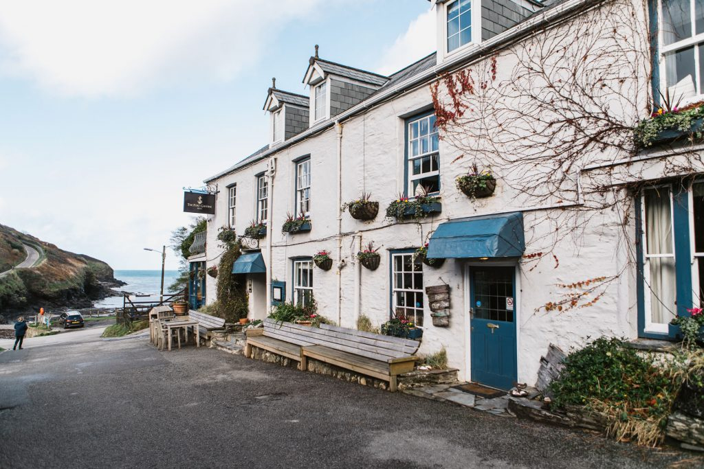 Pub at Port Gaverne near Forever Cornwall holiday cottages