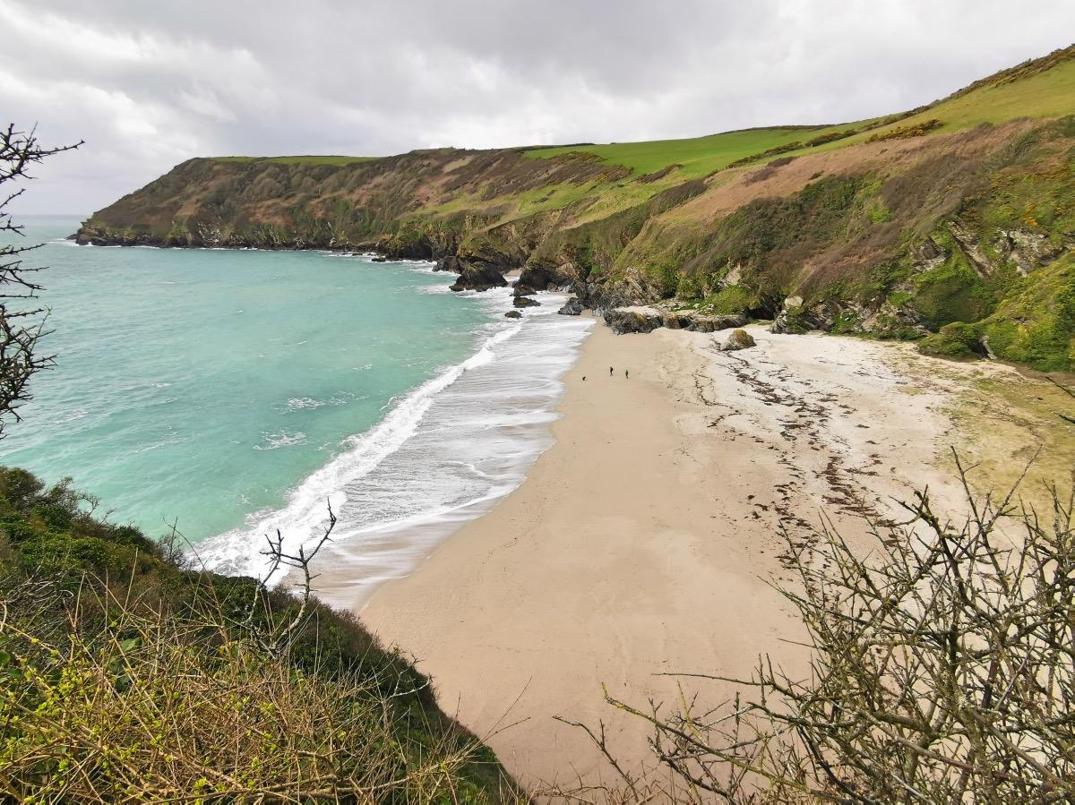 Lantic Bay Walk Forver Cornwall 00003