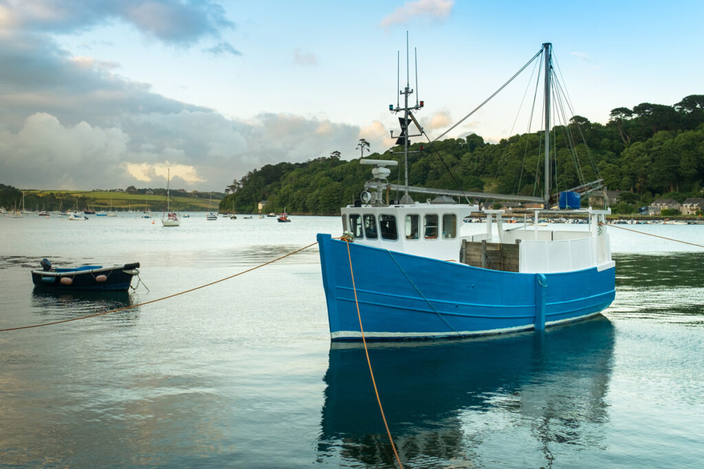 fishing-boat-cornwall-Helford-village-forever-cornwall