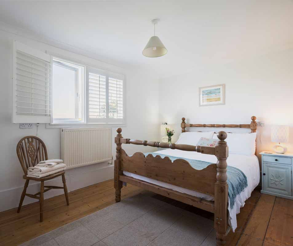 Forever Cornwall Bees Knees Beach Chalet Gwithian St Ives Bay 3