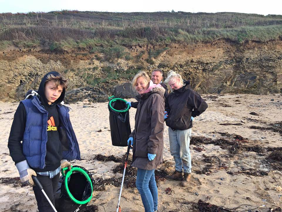 Forever Cornwall Poldhu Beach Clean