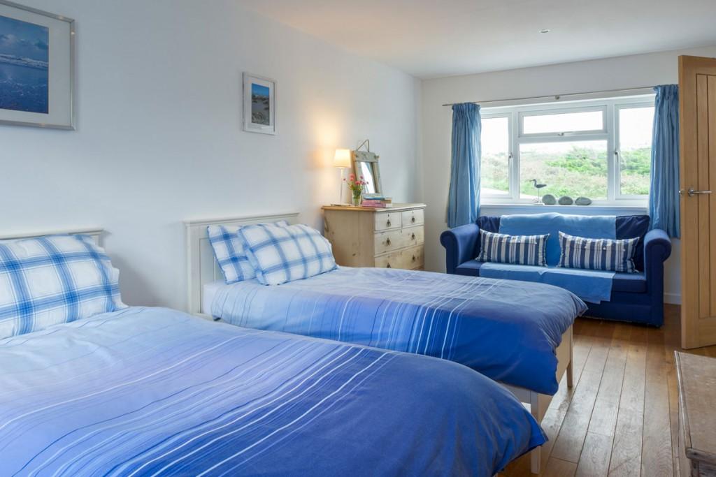 Forever Cornwall Polvenna Porthtowan Twin Bedroom 2